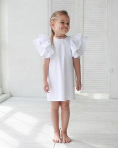 Outfits Niños, Kids Outfits, Fashion Outfits, Baby Girl Fashion, Kids Fashion, Frocks For Babies, Cool Kids Clothes, Baby Couture, Dresses Kids Girl