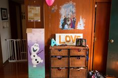 Frozen Themed Birthday Party Games: Pin The Nose On Olaf