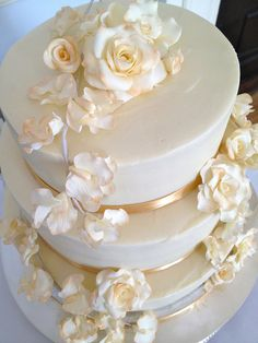 metallic wedding cakes | Ivory & Gold Floral Wedding Cake | Flickr - Photo Sharing!