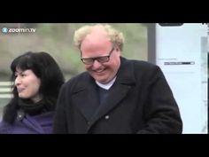 Hoch ansteckend: Mann bekommt Lachanfall - YouTube zum totlachen!!!