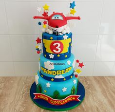 My Super Wings Cake. Airplane Birthday Cakes, Toy Story Birthday, Disney Cakes, Drip Cakes, 3rd Birthday Parties, Party Cakes, First Birthdays, Ideas Aniversario, Kids Part