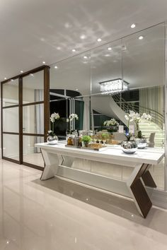Modern Interior, Interior Design, Wall Treatments, Luxurious Bedrooms, Decoration, My House, Sweet Home, Dining Room, Mirror