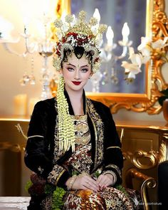 Wedding Looks, Wedding Bride, Dream Wedding, Traditional Wedding Attire, Traditional Dresses, Indonesian Wedding, Indonesian Kebaya, Kebaya Hijab, Model Kebaya