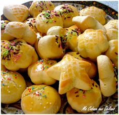 Halwat Tabaa (gateaux algeriens a l'emporte-pieces) - La cuisine de Djouza Kitchen Recipes, Cooking Recipes, Algerian Recipes, Desserts With Biscuits, Thermomix Desserts, International Recipes, Love Food, Food And Drink, Yummy Food