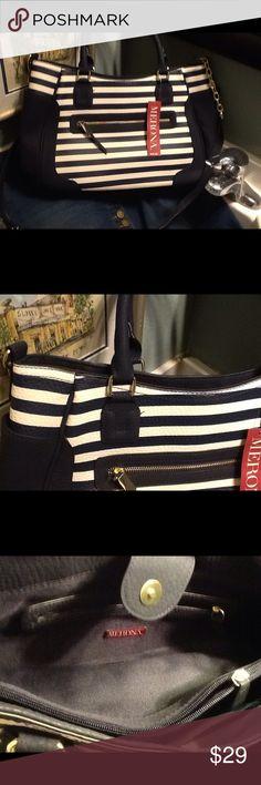 Medina bag, new with tags Cute, nautical bag Merona Bags Shoulder Bags