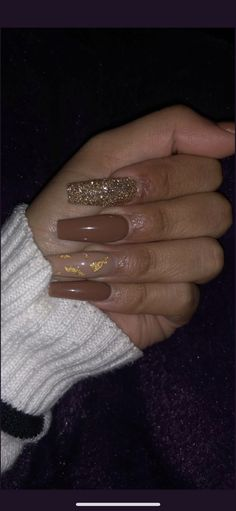 What you need to know about acrylic nails - My Nails Aycrlic Nails, Swag Nails, Coffin Nails, Gold Nails, Manicure, Grunge Nails, Cute Acrylic Nail Designs, Acrylic Nail Designs Coffin, Fall Acrylic Nails