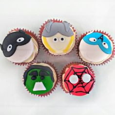 Marvel Super Hero Cupcakes! The Avengers, Batman, Spider-man, Thor. Perfect for the kids this Easter holiday! All our cupcakes are baked from original recipes using the best locally sources ingredients. Take a few minutes to follow us and check out more of our wonderful cakes!