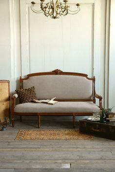 アンティーク 家具 ソファ 椅子 チェア インテリア フレンチ 部屋 antique furniture sofa interior french coordinate chair room