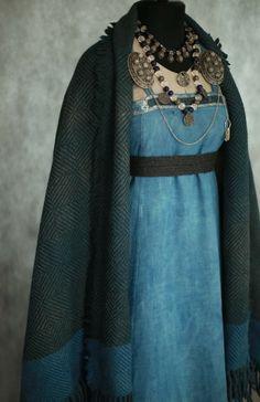 Savelyeva Ekaterina Viking Garb, Viking Dress, Historical Costume, Historical Clothing, Viking Aesthetic, Norse Clothing, Medieval Fair, Period Costumes, Folk Costume