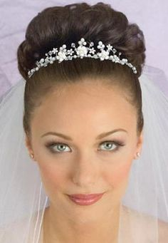 Wedding Hairstyles with Veil Underneath | Wedding hairstyles for medium hair with veil and tiara