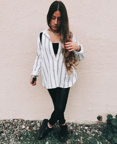 Stylish Outfits, Cute Outfits, Fashion Outfits, Womens Fashion, Night Outfits, Spring Outfits, Fiesta Outfit, Outfit Goals, Lounge Wear