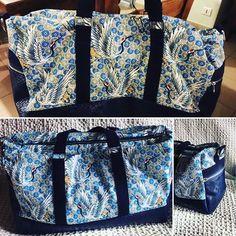 Na Tyrex 🦖 sur Instagram: Flies travel bag 🗺🧳 Patron @patrons_sacotin et tissus @mondialtissus #sacboston #sacdevoyage #travelbag #sewing #couture #sewingaddict…