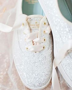 White trainers for dance floor. Nothing can stop you have fun all night.