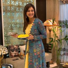 What Is Matter, Shweta Tiwari, Lifestyle Articles, Do What Is Right, Beauty News, Celebrity Photos, Designer Dresses, Fashion Beauty, Bollywood