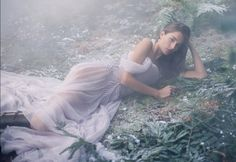 Top model Josephine le Tutour makes a stunning vision on the January 2017 cover of Harper's Bazaar UK. Photographed by Alexandra Sophie, the French beauty wears… Snow Fashion, Uk Fashion, Fashion Models, Photography Photos, Amazing Photography, Fashion Photography, Photography Editing, Photography Tutorials, Beauty Editorial