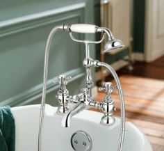 Victoria II Bath Shower Mixer - Traditional Tap with Hand Held [PT-TB35] - £95.69 : Platinum Taps & Bathrooms