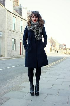 <3 Houndstooth checked scarf - The Little Magpie