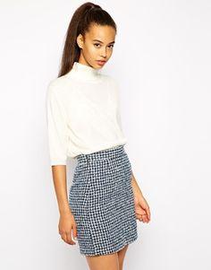Str. S i hvid. Enlarge Pop Boutique Polo Neck Top in Fine Knit