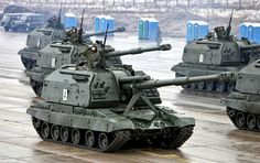 2S19 Msta - Russian self-propelled howitzers during preparations to parade, 2012