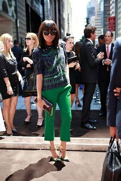 Bonang being oh-so high fashion. Street Chic, Street Style, Classy Chic, Dress For Success, Fashion Pictures, Everyday Fashion, Passion For Fashion, Fashion Beauty, High Fashion