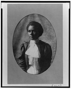 Victorian-era portraits of African-Americans, 1899 or from a collection assembled by W. Du Bois for the Exposition Nègres d'Amerique of Exposition Universelle. Native American History, African American Women, African American History, African Americans, Women In History, Black History, Ancient History, Vintage Photographs, Vintage Photos