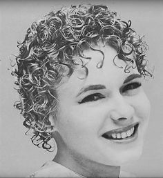 Over 60 Hairstyles, Permed Hairstyles, Popular Hairstyles, Tight Curly Hair, Curly Perm, New Perm, Medium Hair Styles, Curly Hair Styles, Short Curls