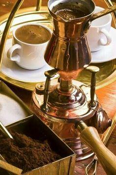 blueskyintheclouds ✿ ❤ Turkish coffee and coffee pot ☕ ☕ I Love Coffee, Coffee Break, My Coffee, Morning Coffee, Coffee Cafe, Coffee Drinks, Coffee Shop, Coffee Lovers, Milk Shakes
