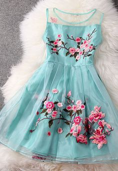 """Style: Elegant  Material: Polyester  Color: Apricot / Black / Blue  Size: S / M / L / XL  S: Bust:84CM(33.07"""") Shoulder:35CM(13.78"""") Length:..."""