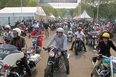http://motovaganza.com/2015/09/28/the-distinguished-gentleman-ride-2015-motoran-sambil-beramal/