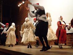 Το χορευτικό του Συλλόγου Γυναικών Άνδρου στο 7ο Διεθνές Φεστιβάλ Παραδοσιακών Χορών στη Στοκχόλμη / The dance of Andros Women Association at the 7th International Folk Dance Festival in Stockholm on 1 November 2014.
