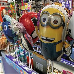 Party City Balloon Parade As Cashwrap Run-Up