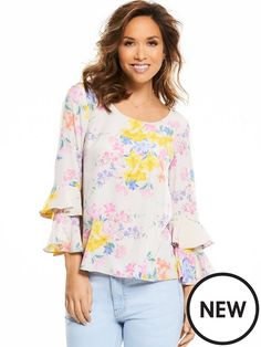 Myleene Klass Printed Blouse Landing just in time for spring, this gorgeous floral printed blouse by Myleene Klass will easily perk up your separates wardrobe with it's fun, flirty and oh-so vibrant print! The lightweight, floaty fabric and relaxed fit are made for those off-duty days, while the ruffled sleeves work a little of the runway must-have trend into your SS17 wardrobe. Perfect!Make like Myleene by wearing yours with a pair of light wash, distressed skinny jeans and pointed court...