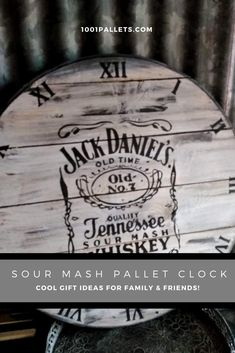 Sour Mash Pallet Clock / Horloge En Palette