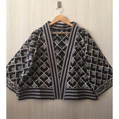 Saya menjual Kimono batik outer seharga Rp129.000. Dapatkan produk ini hanya di Shopee! https://shopee.co.id/imanggoethnic/444144098 #ShopeeID