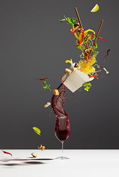 In Toronto, the photographer Michael Crichton and his colleague and stylist Leigh MacMillan imagined a visual project highlighting food, titled Conceptual Food. Michael Crichton, Deconstructed Food, Foto Still, Modernist Cuisine, Restaurant Menu Design, Wine Guide, Still Life Photos, Food Photography Styling, Product Photography
