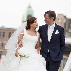 Bruidsmake-up en Bruidskapsel met sluier www.zennabruidsstyling.nl