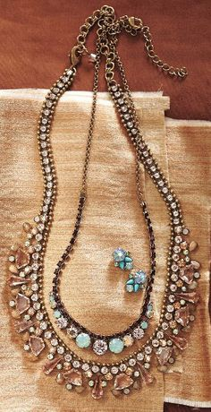Sparkled Peche Bib Necklace