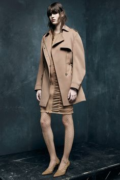 Alexander Wang - Pre-Fall - Shows - Vogue. Alexander Wang, Look 2015, Shades Of Beige, Fifty Shades, Military Style Jackets, 2015 Trends, Fashion Show, Fashion Design, High Fashion