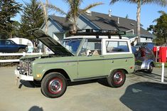 Nice Green Uncut Bronco With Roof Rack Ford And Early