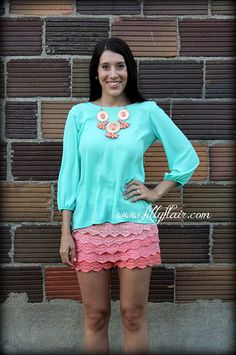 turquoise bow top, coral lace shorts, ombre shorts, colored lace shorts, mint bow top