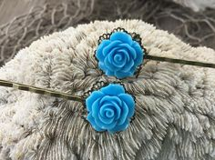 JEWELRY: Set of 2 Flower Filigree Brass Bobby Pins /