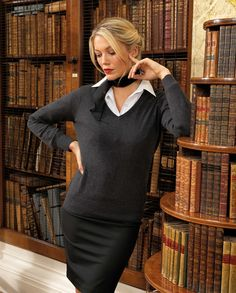 https://www.premierworkwear.com #Knittedsweater #Knitwear #workwear #Officestyle #Corporate #Business
