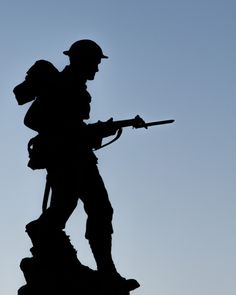 Lest we forget #phorographytalk #soldier #silhouette