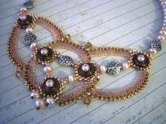 Mocha Disc and Pearls Beadweaving Necklace  door dorothydomingo, $200.00