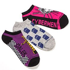 The Ladies Doctor Who Low Cut Socks will outfit your feet in timey-wimey style for 3 days out of the week. You get of low cut socks for ladies. Nerd Merch, When Is My Birthday, Are You Serious, Nerd Love, Fashion Socks, Geek Chic, Sock Shoes, Doctor Who, Tenth Doctor