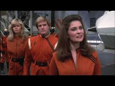 V Final Battle - Pamela arrives and gets straight under Dianas skin Sci Fi Tv Shows, Sci Fi Series, Tv Series, Faye Grant, Sarah Douglas, Kirk Cameron, Classic Sci Fi, The Visitors, Science