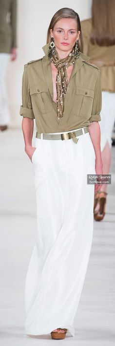 "Ralph Lauren Spring 2015 ""And the LORD said to Moses, ""Go to the people and consecrate them today and tomorrow. Have them wash their clothes. Casual Chic Outfits, Casual Chique, Safari Chic, Style Désinvolte Chic, Look Chic, Classic Style, Look Fashion, Spring Fashion, Womens Fashion"