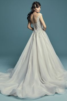Wedding Dresses Plus Size, Princess Wedding Dresses, Wedding Bridesmaid Dresses, Dream Wedding Dresses, Bridal Dresses, Wedding Dress Boutiques, Designer Wedding Gowns, Sottero And Midgley Wedding Dresses, Wedding Dress Pictures