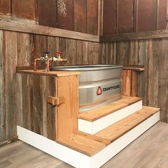 50 Stunning Rustic Bathroom Design And Decor Ideas – Hazir Site Tiny House Bathroom, Rustic House, Bathroom Decor, Amazing Bathrooms, House Bathroom, Rustic Bathroom Vanities, Rustic Bathrooms, Home Decor, Shabby Chic Bathroom