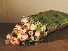 Daniel Ost, Brussels weaves leaf baskets